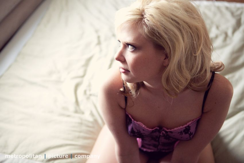St. Louis boudoir photographer